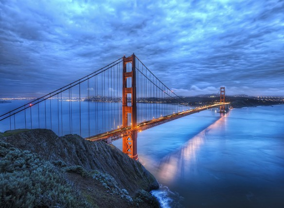 GoldenGate bridge dusk
